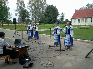 Выездные концерты вокальной группы Народного хора «СКАРБНIЦА».